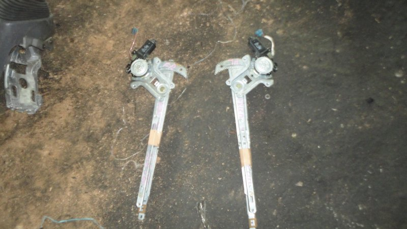 Стеклоподъемный механизм Mazda Bongo Friendee SGLR WL 1997 передний левый
