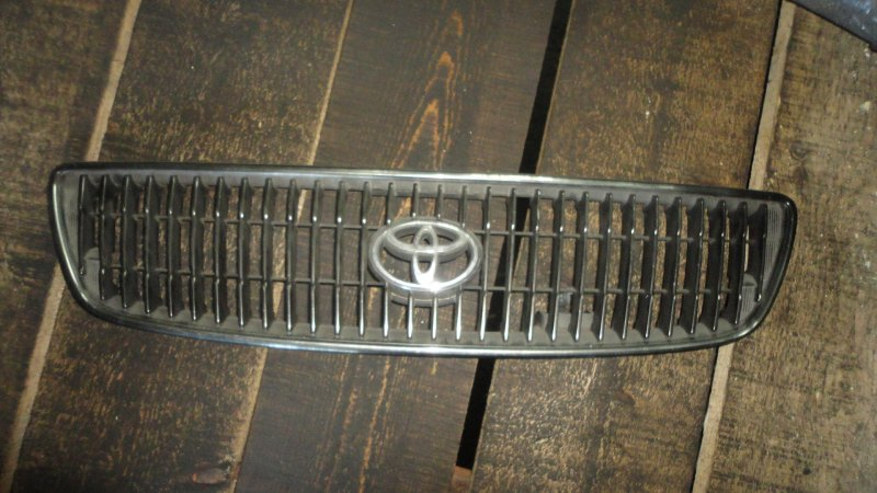 Решетка радиатора Toyota Aristo JZS161 2JZ GTE 1998
