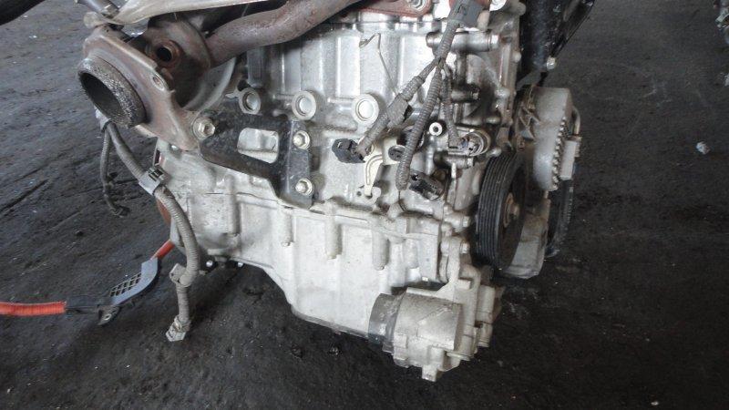 Блок двс Toyota Prius ZVW30 2ZRFXE 2010