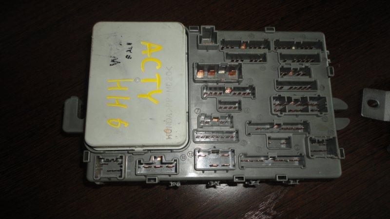 Блок предохранителей Honda Acty HH6 E07Z 2005