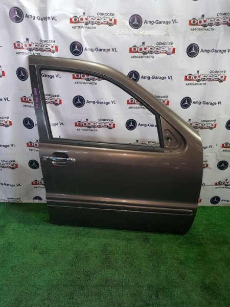 Дверь Mercedes M430 W163 113942 30 100979 1999 передняя правая