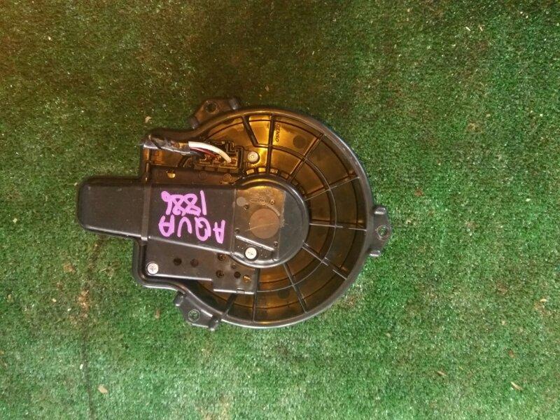 Мотор печки Toyota Aqua NHP10 1NZ- 2014