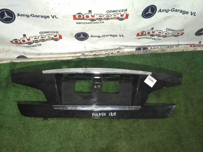 Планка под стоп Nissan Fuga GY50 VK45-100546 2008 задняя