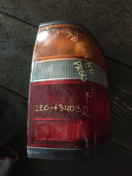 Стоп Nissan Terrano RR50 задний правый