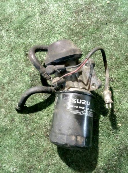 Лягушка Isuzu Wizard UES73FW 4JX1 2000