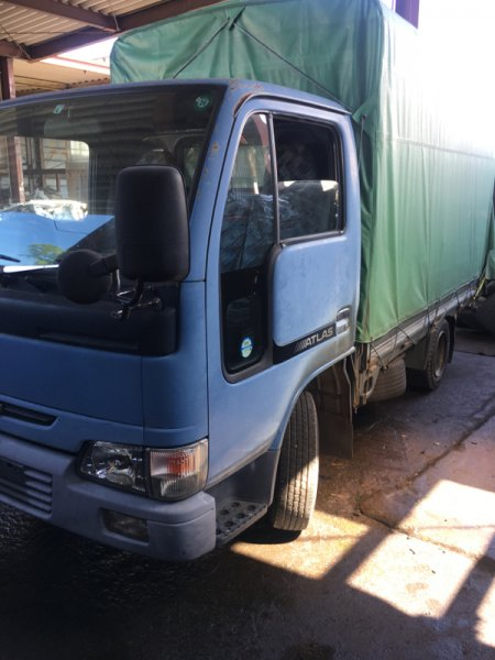 Кабина Nissan Atlas P2F23-055835 TD27-651942 2000