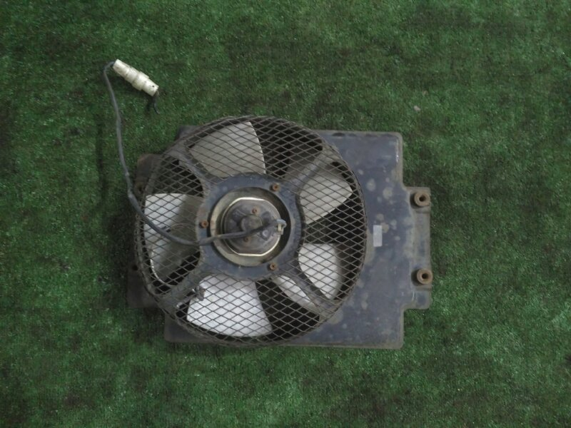Вентилятор радиатора кондиционера Mazda Bongo Brawny SR5AV WL-381566 1998