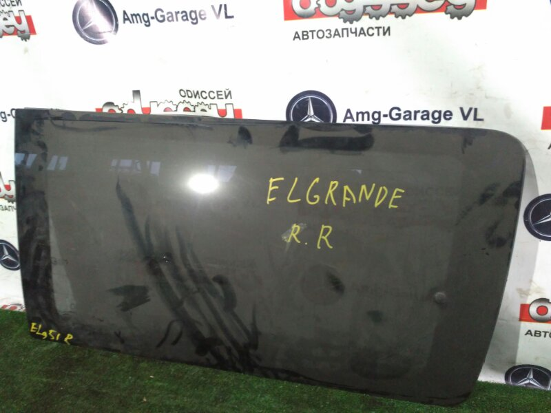 Стекло собачника Nissan Elgrand NE51 VQ35DE 2003 заднее правое