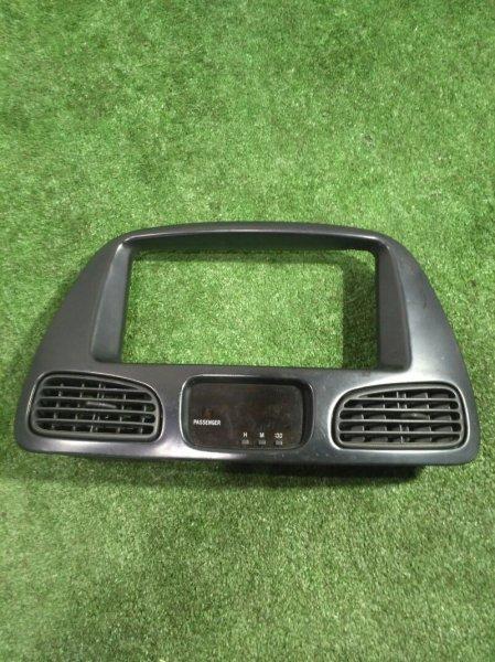 Консоль магнитофона Toyota Town Ace Noah SR50G 3S-5119964 1999