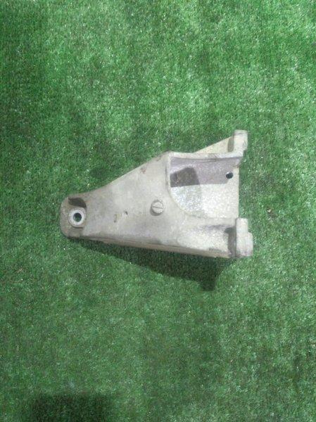 Крепление подушки двс Suzuki Escudo TL52W J20A-260463 2004 левое