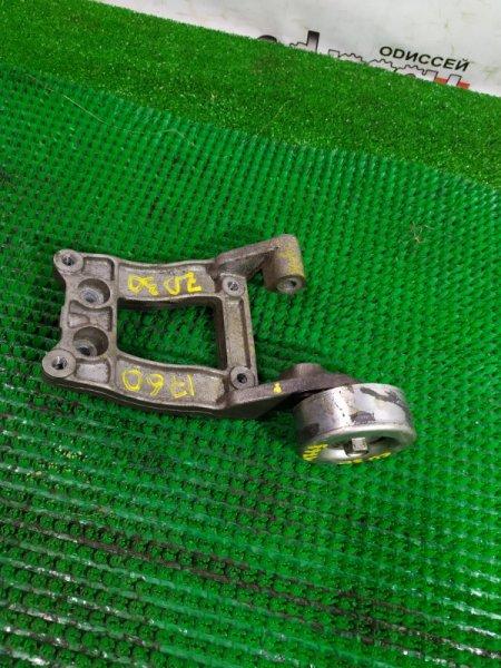 Крепление компрессора кондиционера Nissan Caravan VWME25 ZD30 DDTI-038750K 2006