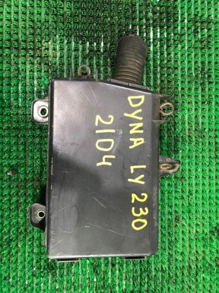 Блок предохранителей Toyota Dyna LY230- 5L-5255090 2002