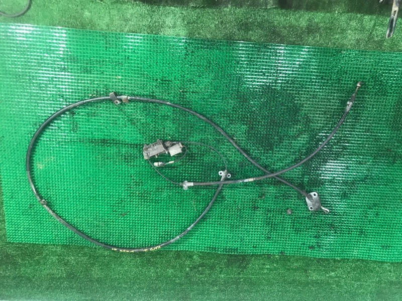 Тросик ручника Mitsubishi Fuso FK71HD 6M61 1999