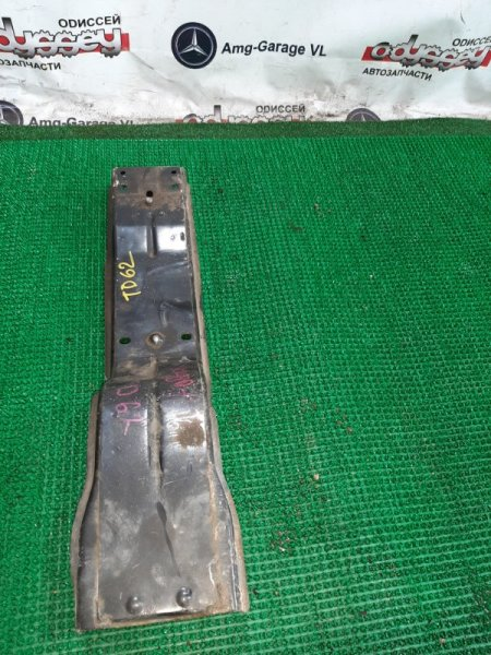 Балка под кпп Suzuki Escudo TD62W-100444 H25A-108639 1998