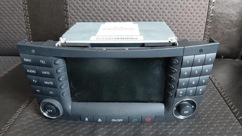 Магнитофон Mercedes E350 W211 272964 2005