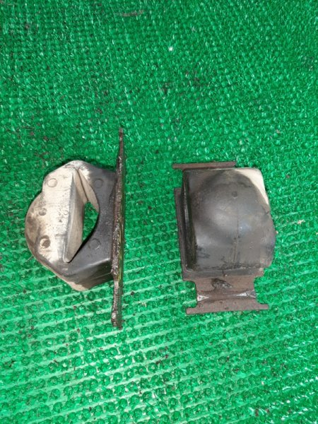 Отбойник Mazda Titan WGLAD-188770 SL-271795 1`995 задний правый