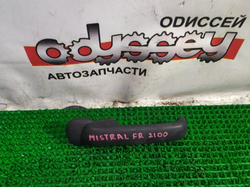 Ручка двери Nissan Mistral KR20 TD27-T 1995 передняя правая