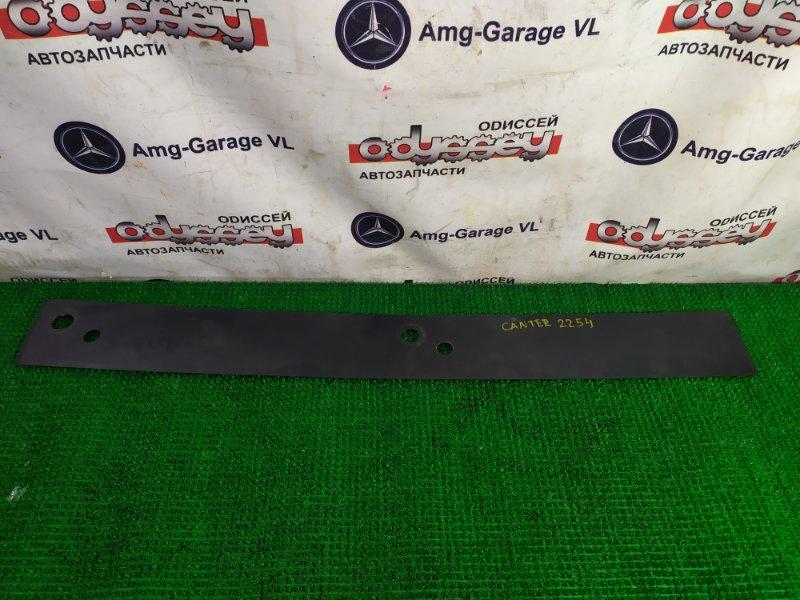 Планка под дворники Mitsubishi Canter FE50EB 4M51-A24143