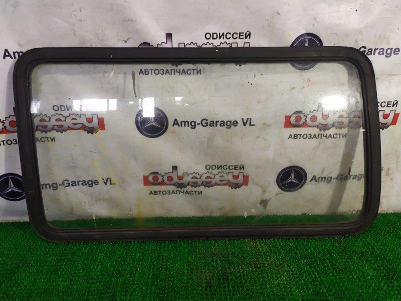 Стекло собачника Mazda Bongo SS28M R2-670042 1996 заднее левое