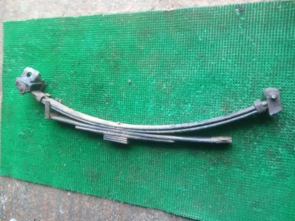 Рессора Toyota Dyna LY161-0006207 3L-4436701 1997 задняя правая
