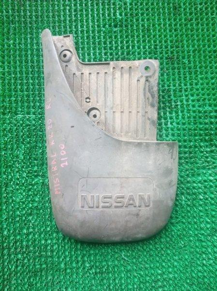 Брызговик Nissan Mistral KR20 TD27-T 1995 задний левый