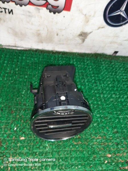 Решетка торпеды Mercedes Cls350 W219 272964 2005