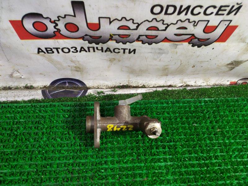 Главный цилиндр сцепления Mazda Bongo SS28M R2-670042 1996