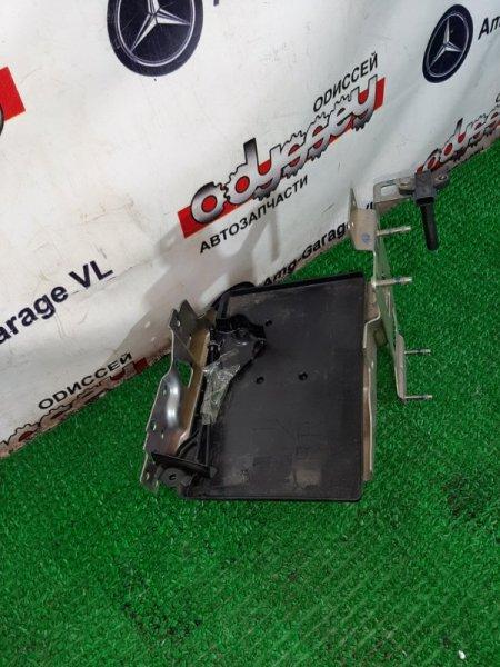 Крепление аккумулятора Nissan Xtrail NT32-004829 MR20-524997B 2013