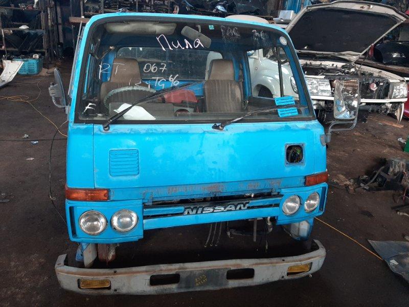 Кабина Nissan Atlas SH40-055047 FD35-053754B 1990