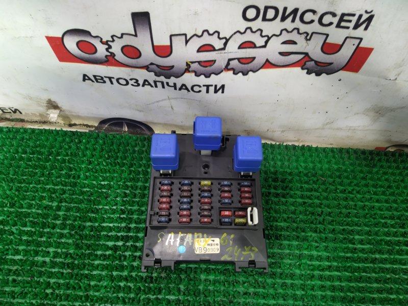 Блок предохранителей Nissan Safari WTY61-000176 ZD30DDTI-019955 2000
