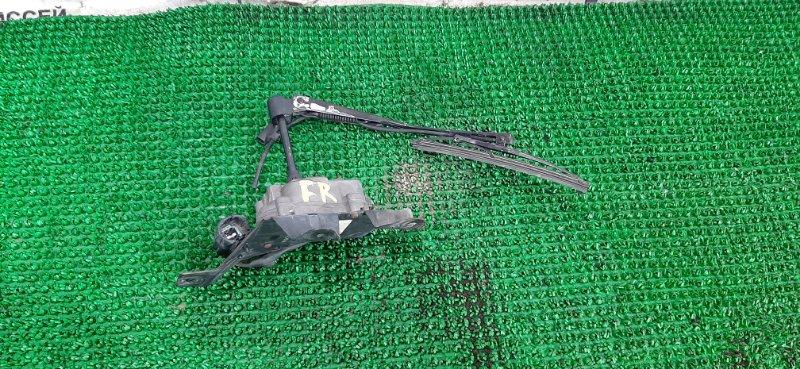 Дворник фар Nissan Safari WTY61-000176 ZD30DDTI-019955 2000 передний правый