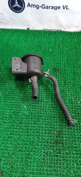 Бачок гидроусилителя Nissan Safari WTY61-000176 ZD30DDTI-019955 2000