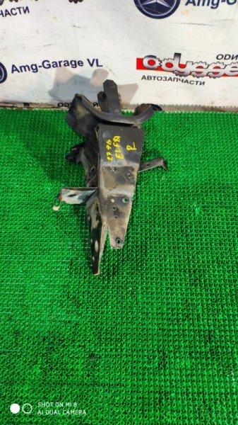 Подушка кабины Isuzu Elf NKR81E 4HL1-908991 2002 задняя правая