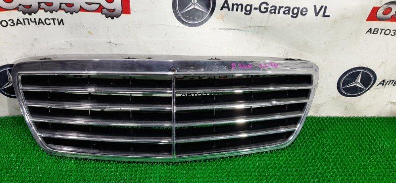 Решетка радиатора Mercedes E240 W210 112914 2001