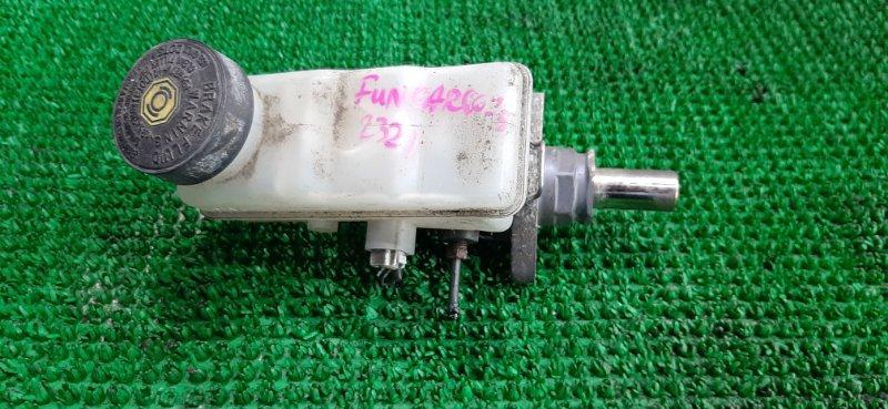 Главный тормозной цилиндр Toyota Funcargo NCP25 1NZ-FE 2002