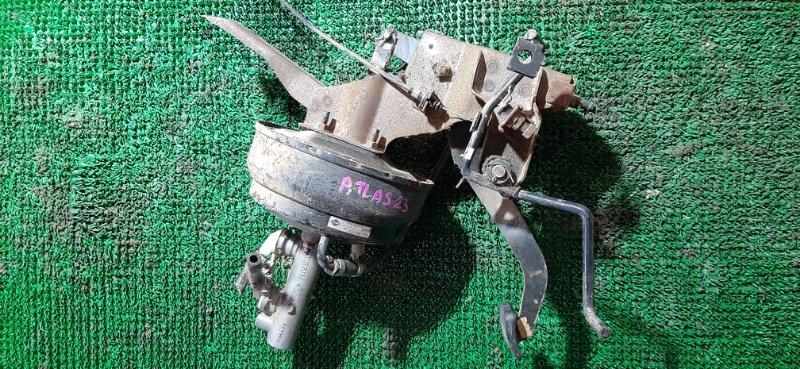 Главный тормозной цилиндр Nissan Atlas SP4F23 TD27 1996