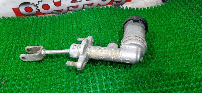 Главный цилиндр сцепления Isuzu Bighorn UBS69DW 4GJ2 1992