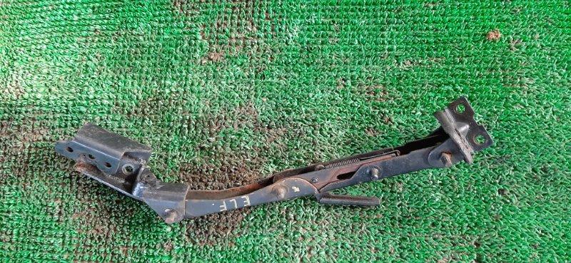 Стопор кабины Isuzu Elf AKS71 4HG1 1999