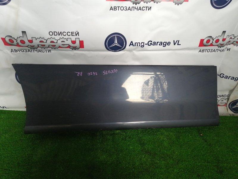 Накладка на дверь Toyota Voxy ZRR75 3ZR-FE 2009 задняя правая