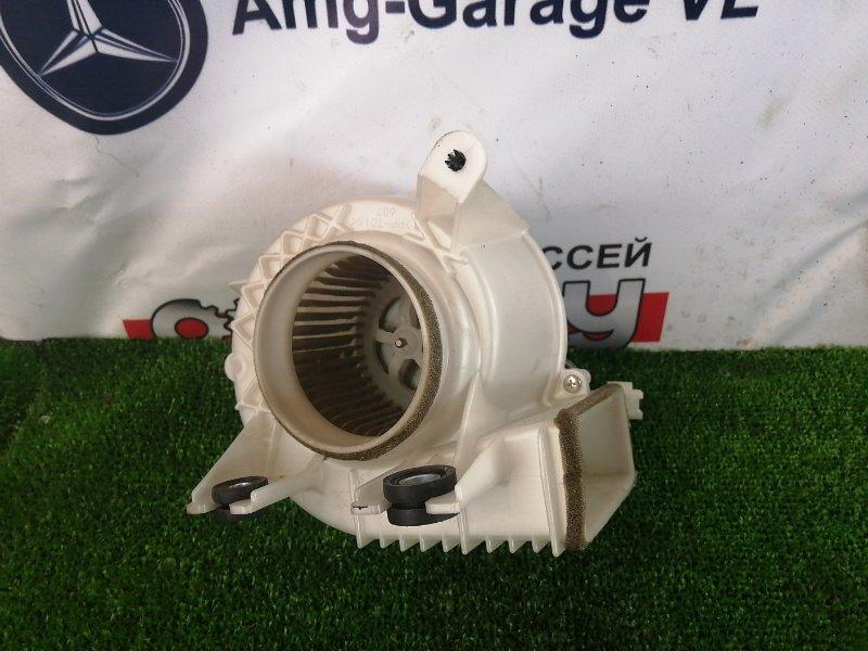 Мотор охлаждения батареи Toyota Prius ZVW30 2ZR-FXE 2009