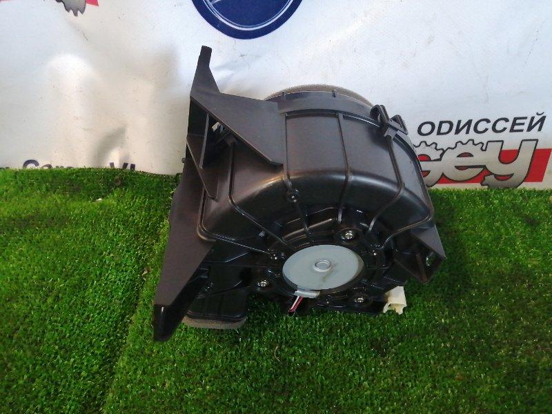 Мотор охлаждения батареи Toyota Aqua NHP10 1NZ-FXE 2012
