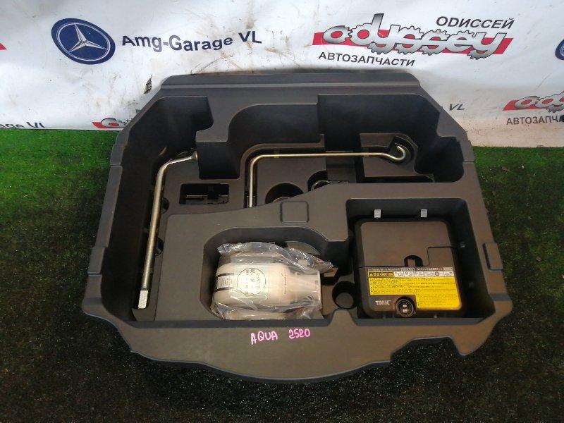 Насос подкачки колёс Toyota Aqua NHP10 1NZ-FXE 2012