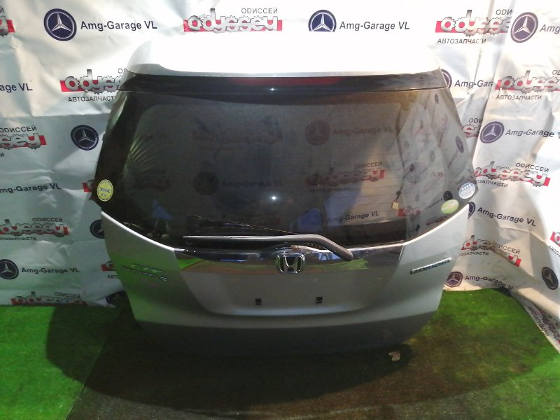 Дверь 5-я Honda Fit Shuttle GP2 LDA 2011 задняя