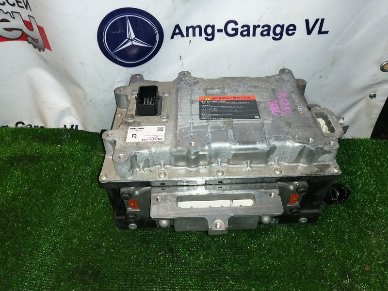 Инвертор Nissan Fuga HY51 VQ35HR 2011