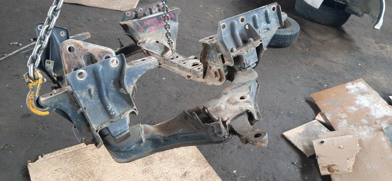 Балка под двс Toyota Dyna YY131-0003880 3Y 1998 передняя