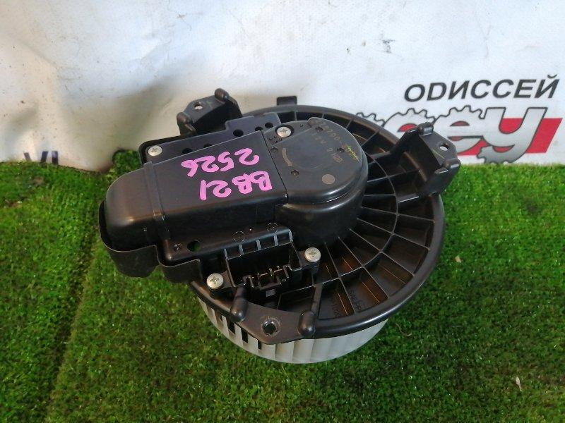 Мотор печки Toyota Bb QNC21 3SZ-VE 2006