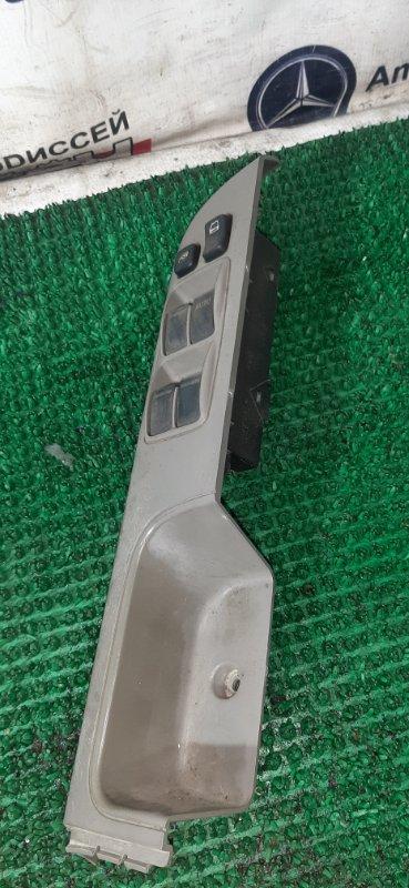 Блок упр. стеклоподьемниками Nissan Safari VRGY61 TD42-029767T 1998 передний правый