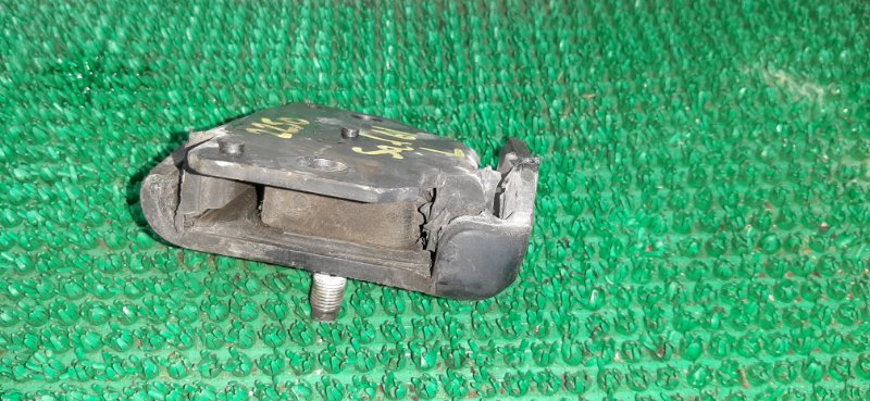 Подушка двигателя Nissan Safari WYY61 RD28TE-478267X 1997 левая