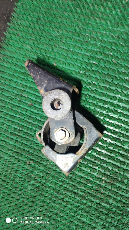 Подушка двигателя Toyota Rav4 ACA21 1AZ-FSE передняя