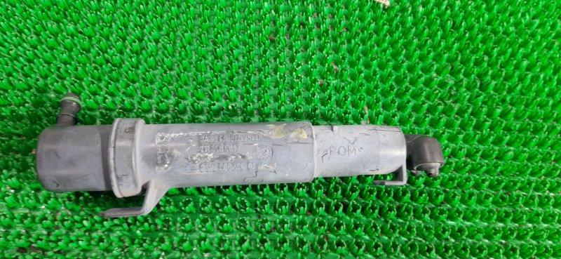 Форсунка омывателя фар Mercedes Cls350 W219 M272 2005 правая